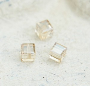 Swarovski Cube - Golden Shadow 3 mm [1 szt]