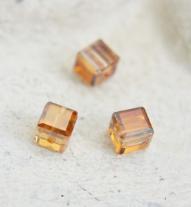Swarovski Cube - Crystal Copper 3 mm [1 szt]